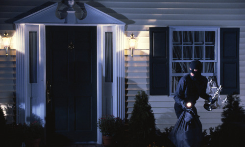 Are Your Customers Following These Home Security Do's and Don'ts?