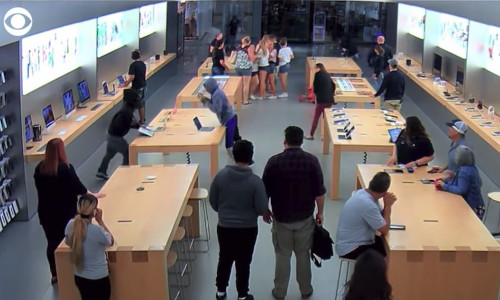 Top 9 Surveillance Videos of the Week: Teens Steal $27K Worth of Apple Products in Seconds