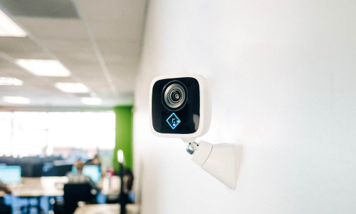 This Plug-and-Play Surveillance Camera Gets Smarter the More You Use It