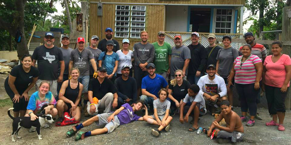Mission 500 Service Trip Supports Hurricane-Ravaged Puerto Rican Families