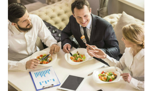IRS Makes Clear That Most Business Meals Still 50% Deductible