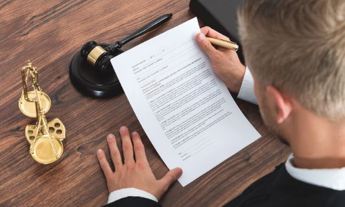 Legal Issues You Must Address Before Entering the DIY Market