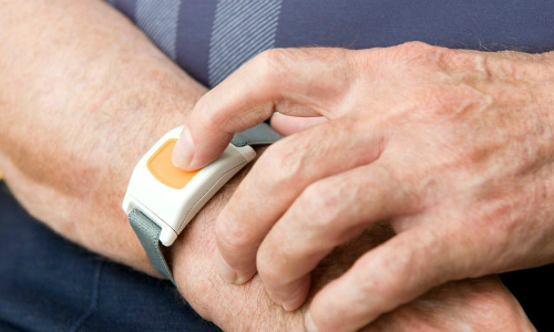 Medical-Alert Devices All But Bashed for Multiple Deficiencies