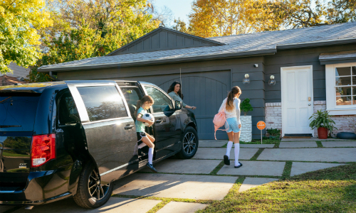 Vivint Combines Car and Smart Home Security in a Single App