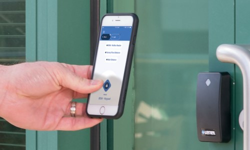 LenelS2 Adds iCLASS Card Support to BlueDiamond Mobile Readers