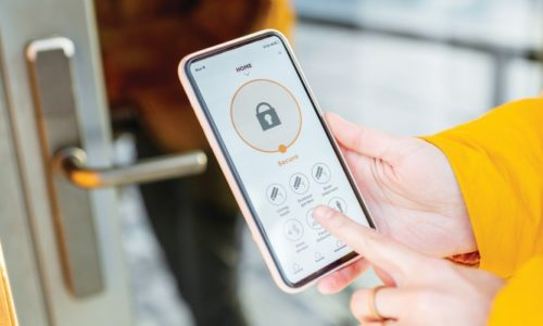 Exploring the Many Advantages of Wireless Access Control