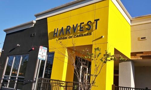 Cannabis Retailer Adopts 3xLOGIC infinias Access Control for Stores Nationwide