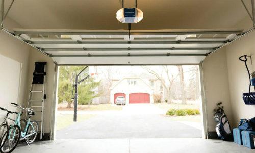 Vivint Integrates Chamberlain Group myQ Smart Garage Control