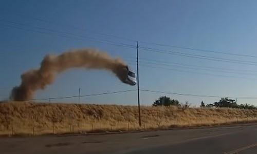 Top 9 Surveillance Videos of the Week: Speeding Car Flies Between Powerlines