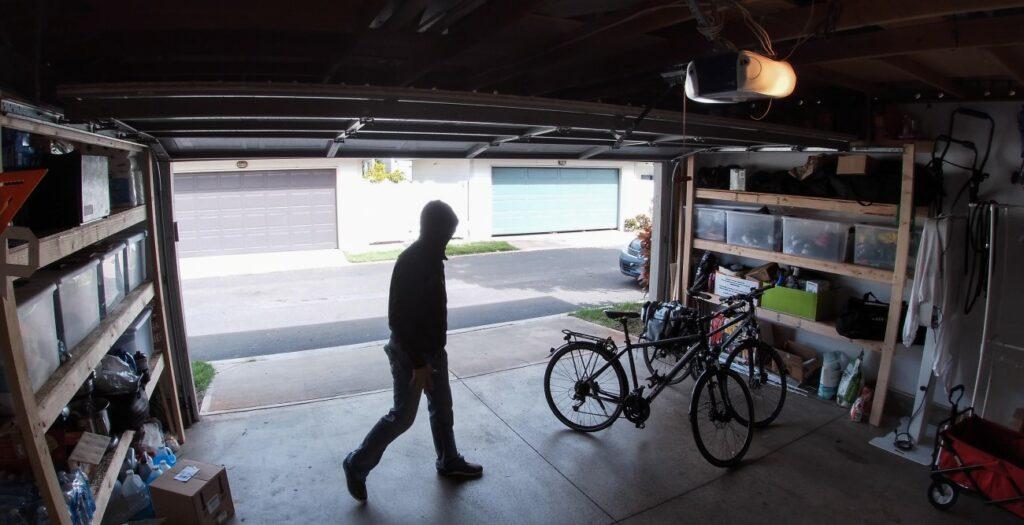 garage surveillance camera