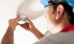 When & How to Test Smoke Detector Sensitivity